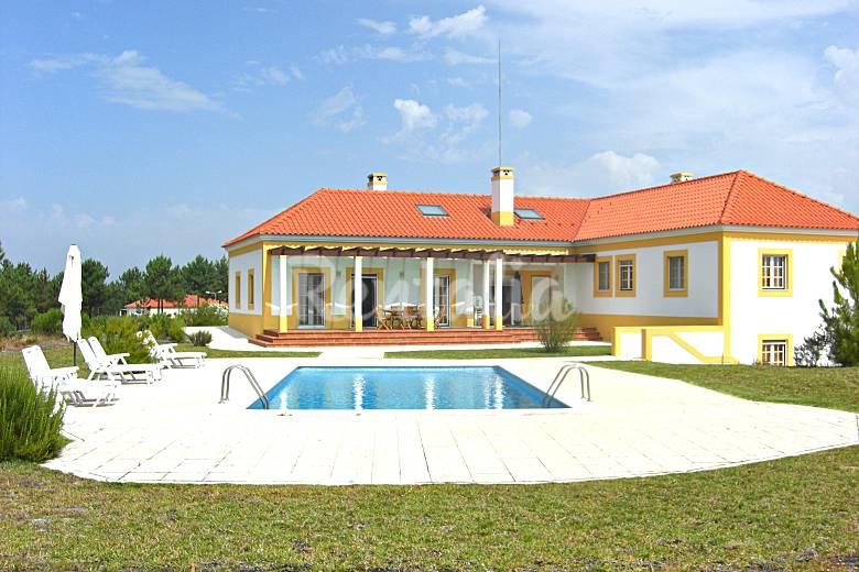 2 villas con piscina cerca de la playa de comporta for Villas con piscina
