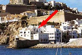 3 Apartments for 2-10 people only 1000 meters from the beach Ibiza