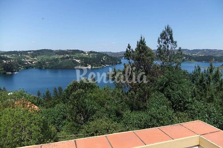 Apartment - Castelo de Bode (200m from the water) Santarém