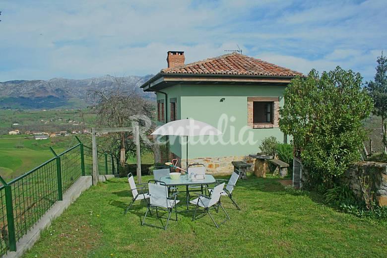 Casa de aldea situada en el entorno de picos de europa - Casas de aldea asturias ...