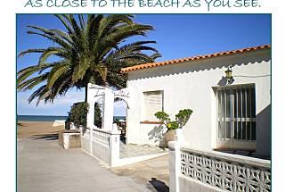 2 Villas para 6- 12 personas en 1a línea de playa Alicante