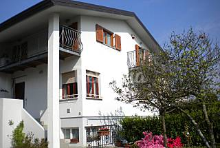 Apartment for rent with private garden in a villa Udine