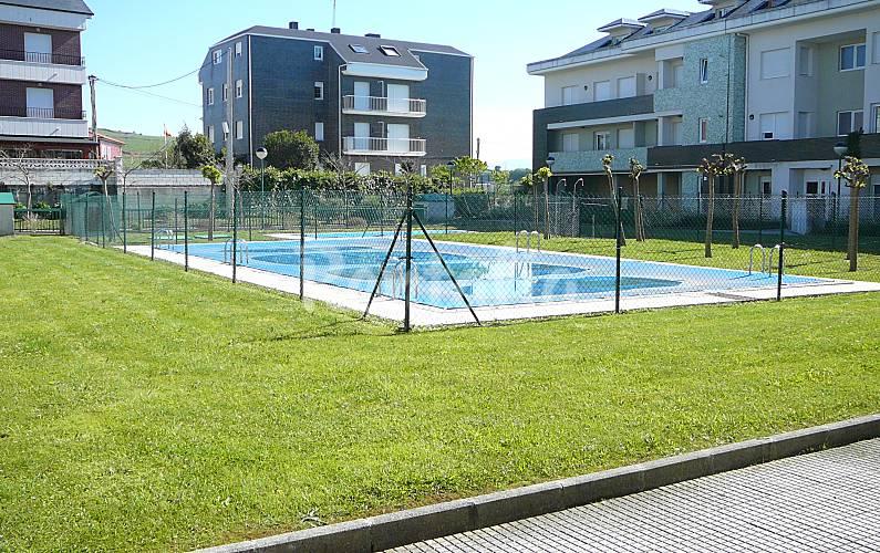 Apartamento en urbanizacion tranquila con piscina - Piscinas en santander ...