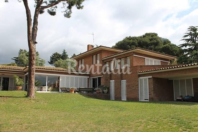 Casa con jardin privado cerca de barcelona cabrera de - Casa con jardin barcelona ...