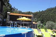House with pool, near Geres Braga