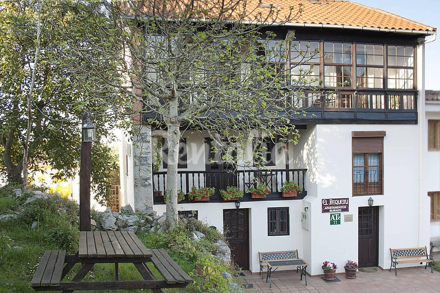 4 apartamentos rurales a 800 m de la playa llanes asturias camino de santiago del norte - Apartamentos rurales llanes ...