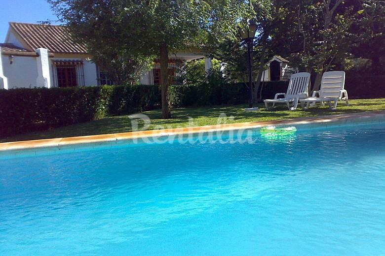 el capricho andaluz piscina privada 700 m playa roche