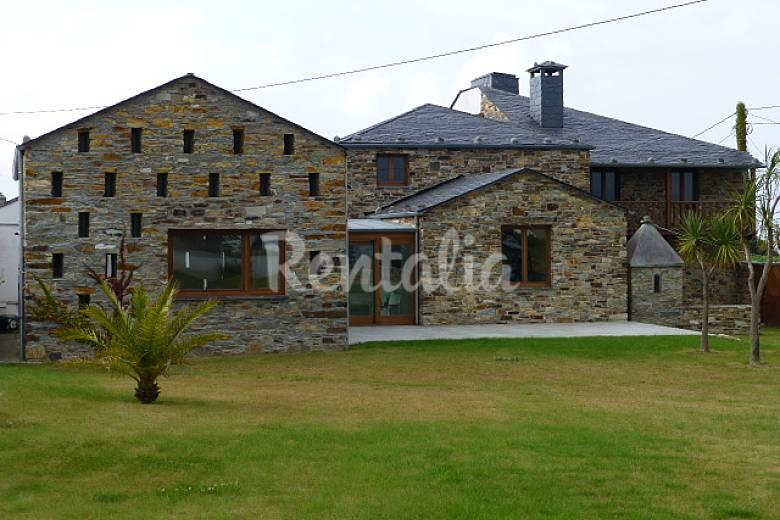 Casas de vacaciones en tapia de casariego asturias chalets casas rurales y bungalows - Casas vacaciones asturias ...