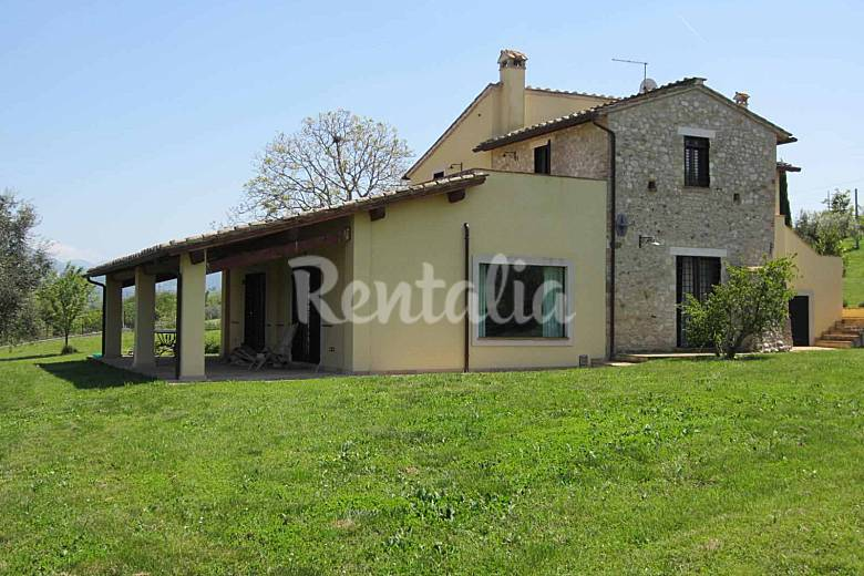 Stone country house - sleep 12 Calvi dell'Umbria-  Terni