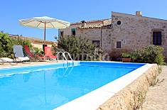Old rural farm with pool, 2,5 Km from the beaches  Ragusa