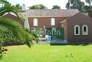 Villa en alquiler a 500 m de la playa Almería