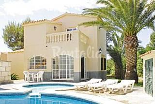 Dos Villas  de 3-4 habitaciones a 25 m de la playa Menorca
