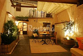 House for rent with private garden Barcelona