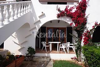 Apartamento a 150 m de la playa con vistas al mar Menorca