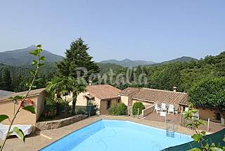 3 Houses for rent with swimming pool Girona