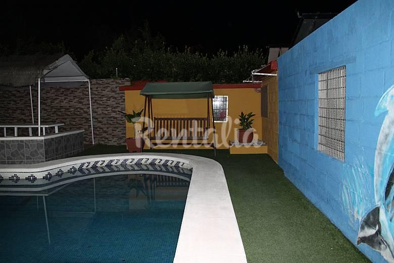 Casa para 8 11 personas con piscina l 39 esplai del for Casa rural para 15 personas con piscina