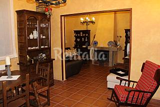 House for rent with private garden Segovia