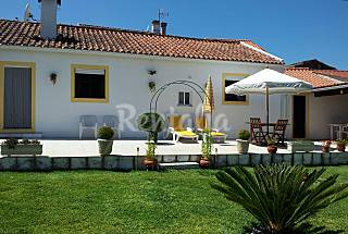 Villa for 4 people with private garden Coimbra