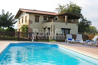 House with 5 bedrooms with swimming pool Girona