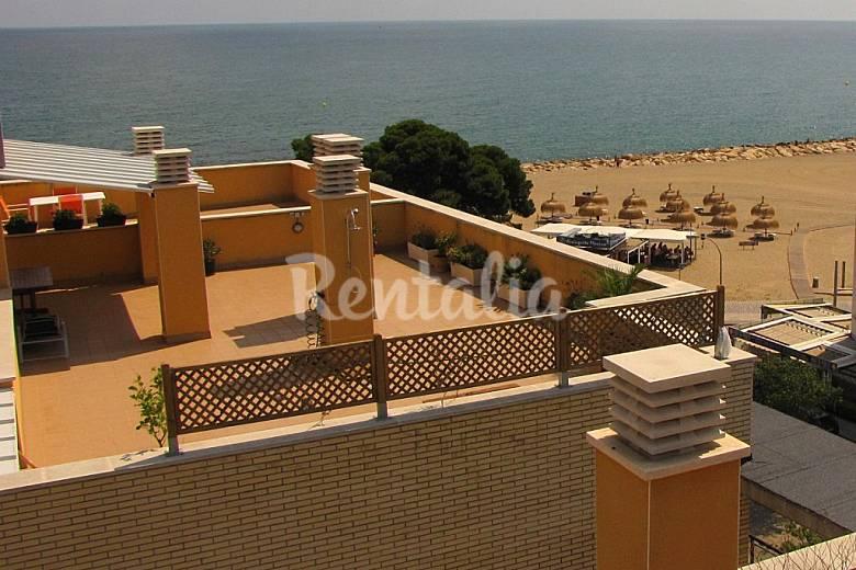 Apartamento con solárium en primera linea de mar Tarragona