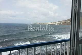 Apartamento de 2 habitaciones en 1ª línea de playa Tenerife