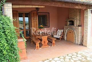 Villa en alquiler a 12 km de la playa Pescara