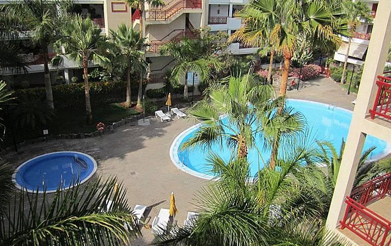 Appartement de 1 chambre 400 m de la plage palm mar for Chauffage piscine russe