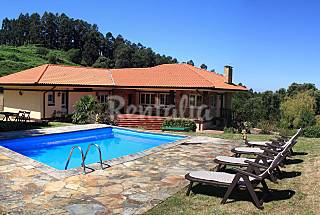 Villa with 4 bedrooms 6 km from the beach Biscay