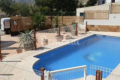 Casa de 5 habitaciones jardin y piscina privada hurona for Piscina municipal molina de segura