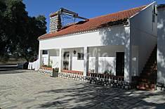 Casa económica a 10 km da praia Setúbal