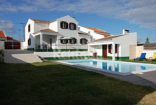 Villa with 3 bedrooms only 400 meters from the beach São Miguel Island