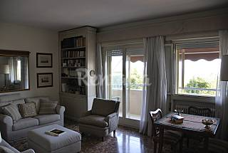 Apartment with 3 bedrooms only 40 meters from the beach Venice