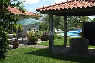 Comfortable 4-bedroom villa with private pool Viana do Castelo