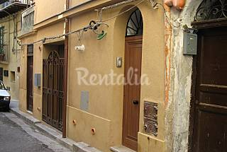 Apartment for 4 people 10 km from the beach Palermo