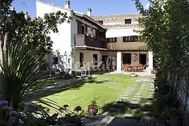 House Garden Zaragoza Novillas Cottage