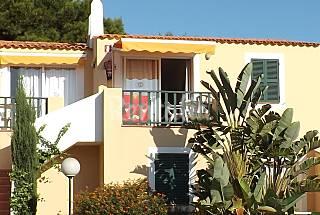 12 Apartamentos para 2-6 personas a 200 m de la playa Menorca