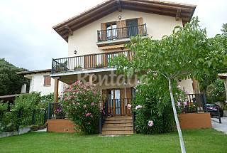 Casas en la Comarca de Pamplona, de 4 a 11 p...