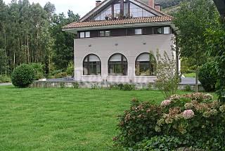 Villa zur Vermeitung, 2 Km bis zum Strand Cantabria