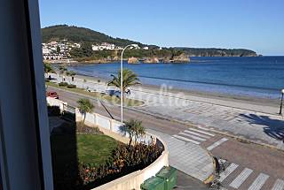 Apartment for 12 people on the beach front line Lugo