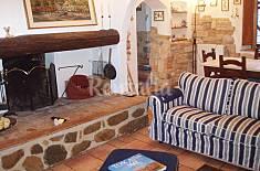 Casa rustica toscana con giardino recintato Lucca
