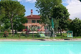 Appartamenti in casa di campagna Venezia a 1...