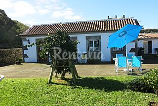 House with 2 bedrooms 7 km from the beach Terceira Island