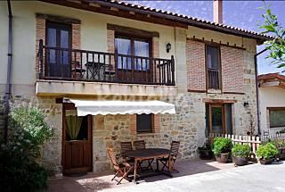 6 apartamentos con jardín privado Cantabria