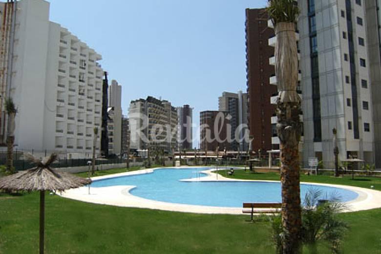 Apartamento obra nueva piscina climatizada benidorm for Piscina climatizada benidorm