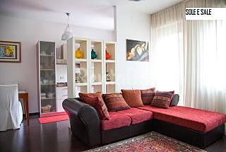 Apartamento de 2 habitaciones a 100 m de la playa Pescara