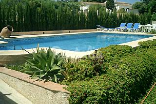 Villa with 4 bedrooms only 1000 meters from the beach Alicante
