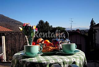 Lovely apartment for vacation or business Varese