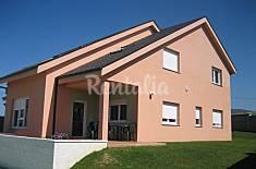 Chalets y Apartamentos en primera línea de playa Lugo