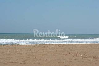 Apartment for 4-5 people only 30 meters from the beach Alicante