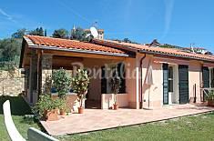 Villa für 4-5 Personen, 6 Km bis zum Strand Savona